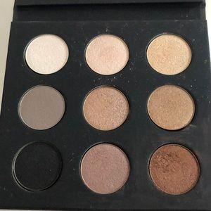 Volume 1 make up for ever eyeshadow palette